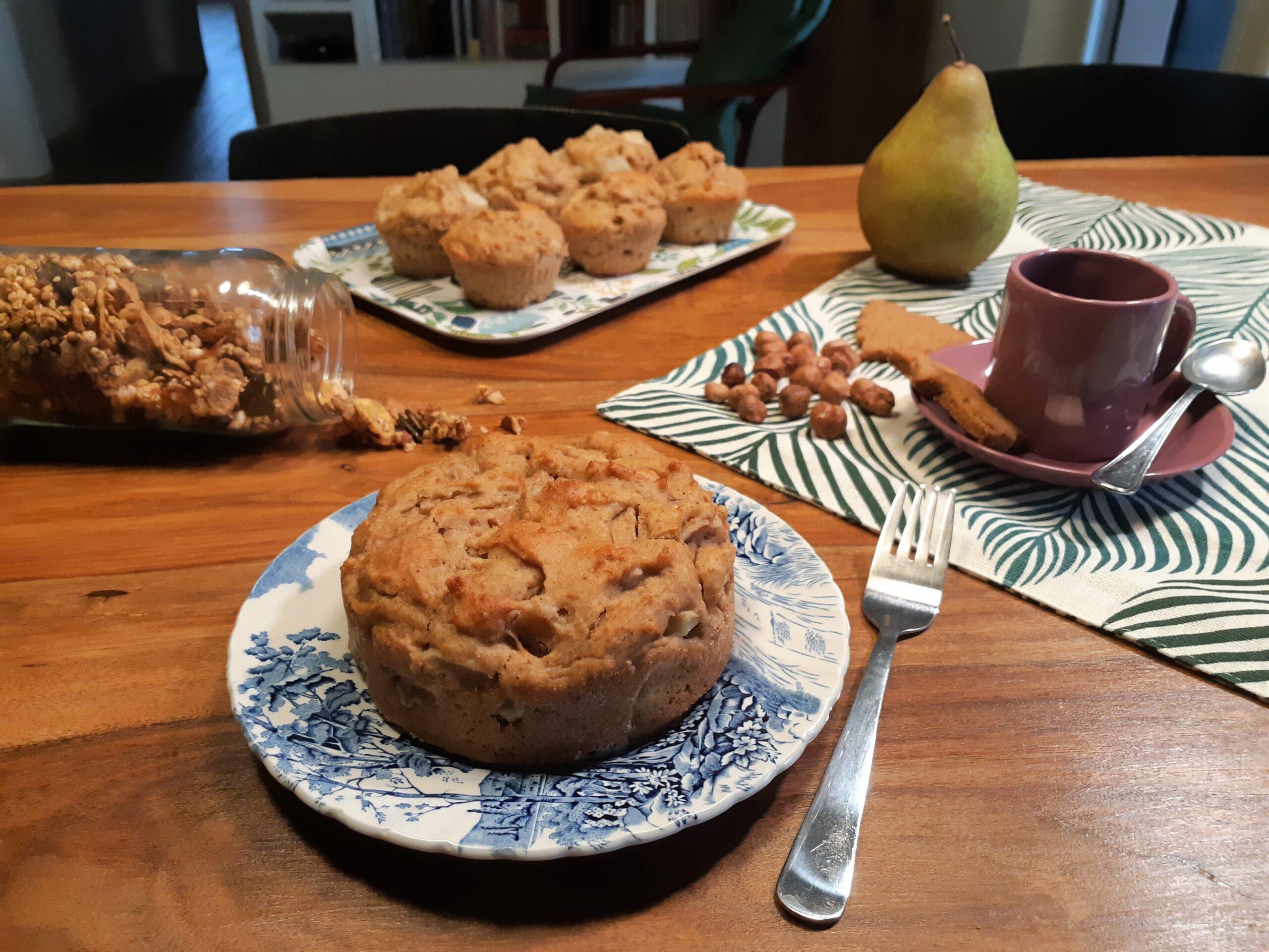 Muffin pere e nocciole