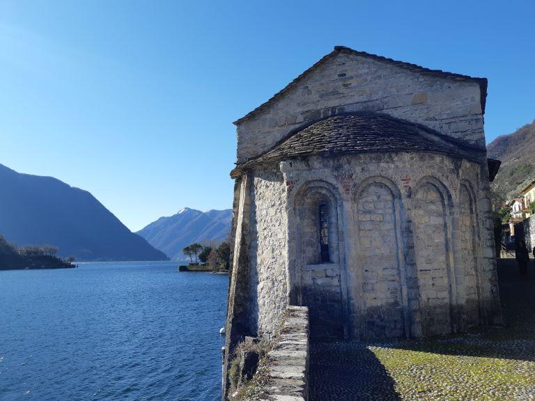 Greenway-del-lago-di-Como_5-Chiesa-dei-Santi-Giacomo-e-Filippo