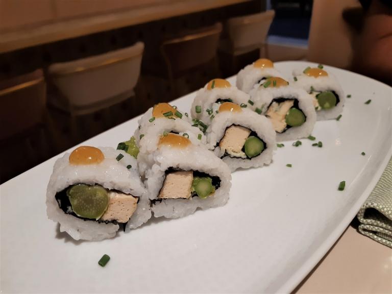 Linfa eat different sushi vegano