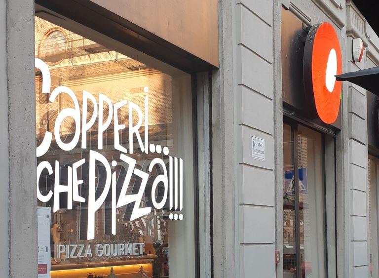 Capperi...che pizza!!! pizzeria milanese